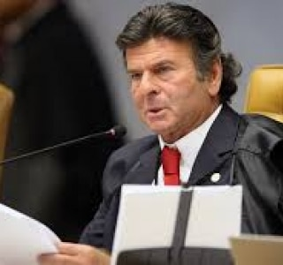 Exclusivo: Fux tira auxílio-moradia da pauta do Supremo