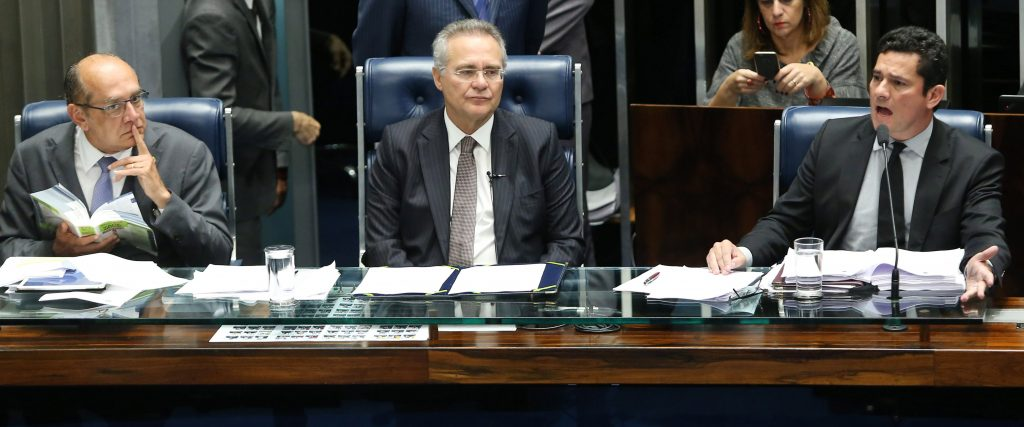 Gilmar, Renan e Moro na farsa do debate da lei do abuso no Senado Foto Dida Sampaio/Estadão